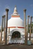 Το Thuparama Dagoba σε Anuradhapura είναι το παλαιότερο dagoba στη Σρι Λάνκα Στοκ εικόνα με δικαίωμα ελεύθερης χρήσης