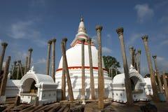 Το Thuparama Dagoba σε Anuradhapura είναι το παλαιότερο dagoba στη Σρι Λάνκα Στοκ φωτογραφία με δικαίωμα ελεύθερης χρήσης