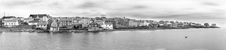Το Vardo είναι μια πόλη στην ακτή της Θάλασσας του Μπάρεντς, Finnmark, Norwa Στοκ Φωτογραφίες