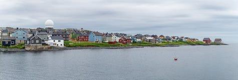 Το Vardo είναι μια πόλη στην ακτή της Θάλασσας του Μπάρεντς, Finnmark, Norwa Στοκ Εικόνες