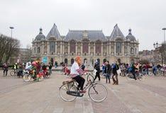 Το Velorution Λίλλη (59 Nord, η Γαλλία) Το Σάββατο 14 Μαρτίου 2015, μπροστά από Palais des Beaux Arts Στοκ Εικόνες