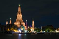 Το Wat Arun γνωστό επίσης ως ναός της αυγής είναι ένας βουδιστικός ναός Στοκ φωτογραφία με δικαίωμα ελεύθερης χρήσης