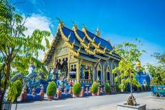 Το Wat Rong Sua οι Δέκα ναός με το υπόβαθρο μπλε ουρανού, επαρχία Chiang Rai, Ταϊλάνδη, αυτό είναι ένας δημοφιλής προορισμός στοκ εικόνες