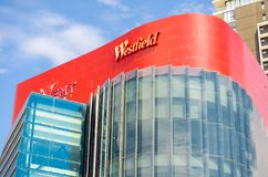 Το Westfield είναι εμπορικό κέντρο σε Parramatta, μια πόλη μέσα στη μεγαλύτερη μητροπολιτική περιοχή του Σίδνεϊ στοκ φωτογραφίες