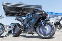 Το Yamaha yzf-R1 στην επίδειξη κατά τη διάρκεια του ΑΝΤΙΓΡΑΦΟΥ παρουσιάζει γύρο Στοκ Φωτογραφία