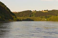 Τράπεζα Πάσσαου Βαυαρία Δούναβη στοκ εικόνες