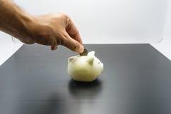 Τράπεζα Piggy και χρηματοκιβώτιο χεριών Στοκ Εικόνες