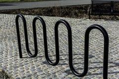 Τρέκλισμα μετάλλων σε ένα πεζοδρόμιο Στοκ φωτογραφίες με δικαίωμα ελεύθερης χρήσης
