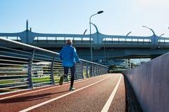 Τρέξιμο αθλητικών τύπων Στοκ φωτογραφία με δικαίωμα ελεύθερης χρήσης