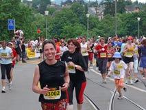 τρέξιμο θηλυκών Στοκ Εικόνες