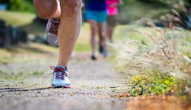 Τρέξιμο ιχνών απογεύματος στοκ φωτογραφίες