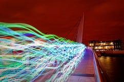 Τρέξιμο μέσω της νύχτας στοκ εικόνες
