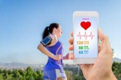 Τρέξιμο με την υγειονομική περίθαλψη app Στοκ Εικόνες