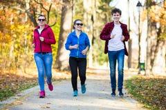 Τρέξιμο ομάδας Στοκ εικόνες με δικαίωμα ελεύθερης χρήσης