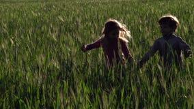 τρέξιμο παιδιών φιλμ μικρού μήκους