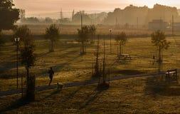 Τρέξιμο σε ένα μαλακό φως Στοκ Φωτογραφίες