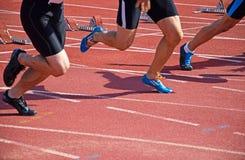 Τρέξιμο στην τρέχοντας διαδρομή Στοκ Φωτογραφίες