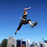 τρέχοντας γυναίκα Στοκ Φωτογραφίες