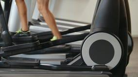 Τρέχοντας διαδρομή στη γυμναστική - υπόβαθρο αθλητικής ικανότητας φιλμ μικρού μήκους