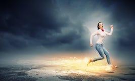 Τρέχοντας κορίτσι Στοκ Φωτογραφία
