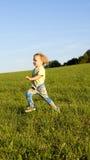 Τρέχοντας κορίτσι Στοκ φωτογραφίες με δικαίωμα ελεύθερης χρήσης
