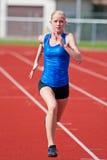 τρέχοντας νεολαίες κορ&io Στοκ εικόνες με δικαίωμα ελεύθερης χρήσης