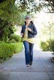 τρέχοντας tween πεζοδρομίων κ& στοκ φωτογραφίες με δικαίωμα ελεύθερης χρήσης