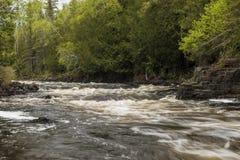 Τρέχοντες καταρράκτες ποταμών Στοκ εικόνες με δικαίωμα ελεύθερης χρήσης