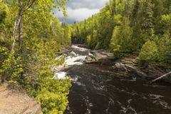 Τρέχοντες καταρράκτες ποταμών Στοκ Εικόνες