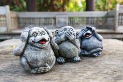 Τρία αγάλματα πιθήκων στοκ εικόνα