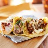 Τρία ασιατικά tacos χοιρινού κρέατος στοκ φωτογραφία