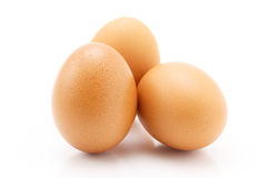 Τρία αυγά που απομονώνονται στο άσπρο υπόβαθρο Στοκ Εικόνα