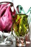 Τρία βάζα του πολύχρωμου γυαλιού στοκ εικόνα