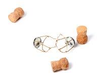 Τρία βουλώνουν από το κρασί και τα muselets σαμπάνιας Στοκ φωτογραφίες με δικαίωμα ελεύθερης χρήσης