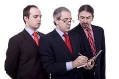 Τρία επιχειρησιακά άτομα στοκ εικόνα με δικαίωμα ελεύθερης χρήσης