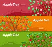 Τρία ζωηρόχρωμα εμβλήματα με το δέντρο μηλιάς και τη θέση για τη διαφήμισή σας διανυσματική απεικόνιση