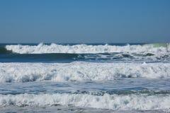 τρία κύματα στοκ φωτογραφία με δικαίωμα ελεύθερης χρήσης