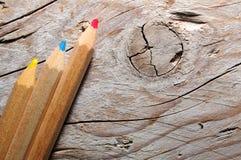 Τρία ξύλινα μολύβια Στοκ εικόνα με δικαίωμα ελεύθερης χρήσης