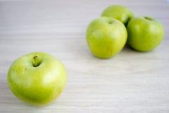 Τρία πράσινα μήλα Στοκ Φωτογραφίες