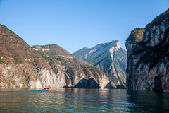 Τρία φαράγγια του φαραγγιού Qutangxia ποταμών Yangtze Στοκ Εικόνες