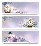 Τρία Χριστούγεννα, νέα εμβλήματα έτους με τα κιβώτια δώρων Στοκ Εικόνες