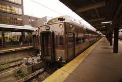 Τραίνο έτοιμο να αφήσει το σταθμό στη Βοστώνη Στοκ Εικόνες