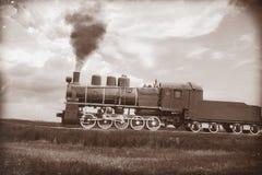 Τραίνο ατμού στην εκλεκτής ποιότητας σέπια Στοκ Εικόνα