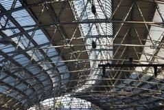 τραίνο δομών σταθμών Στοκ φωτογραφίες με δικαίωμα ελεύθερης χρήσης