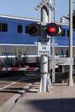 Τραίνο που διασχίζει με το τραίνο Στοκ Εικόνες