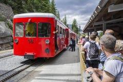 Τραίνο σιδηροδρόμων ραφιών κοντά Mer de Glace Στοκ Φωτογραφίες