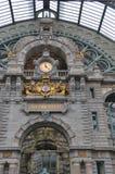 τραίνο σταθμών της Αμβέρσα&sigma Στοκ Εικόνες