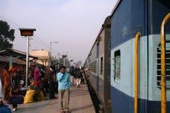 τραίνο σταθμών της Ινδίας στοκ εικόνα