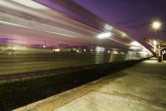 Τραίνο στην κίνηση Στοκ εικόνες με δικαίωμα ελεύθερης χρήσης