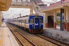 Τραίνο στο σιδηρόδρομο στην Ταϊβάν Στοκ εικόνες με δικαίωμα ελεύθερης χρήσης